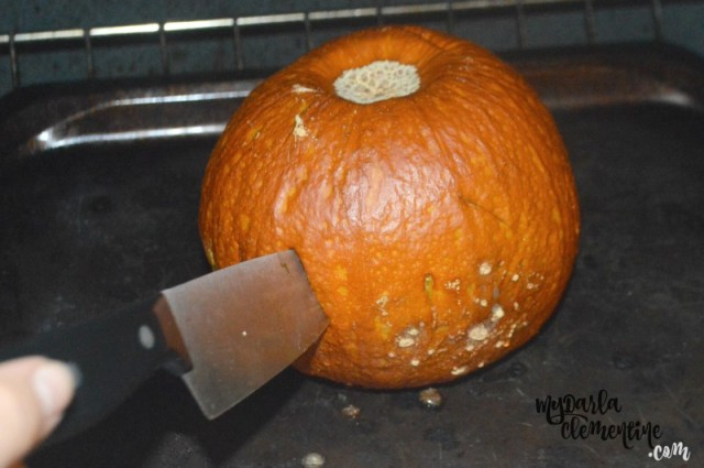 The Easiest Way to Make Pumpkin Puree from Scratch -- No chopping or mess! Bonus zero dish pie recipe. By My Darla Clementine